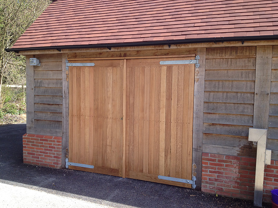 Halnaker Park Full Green Oak Frame Garage with Oak Garage Doors ...