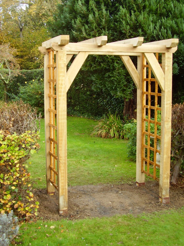 Garden arch designs photograph you are here home our for Garden archway designs