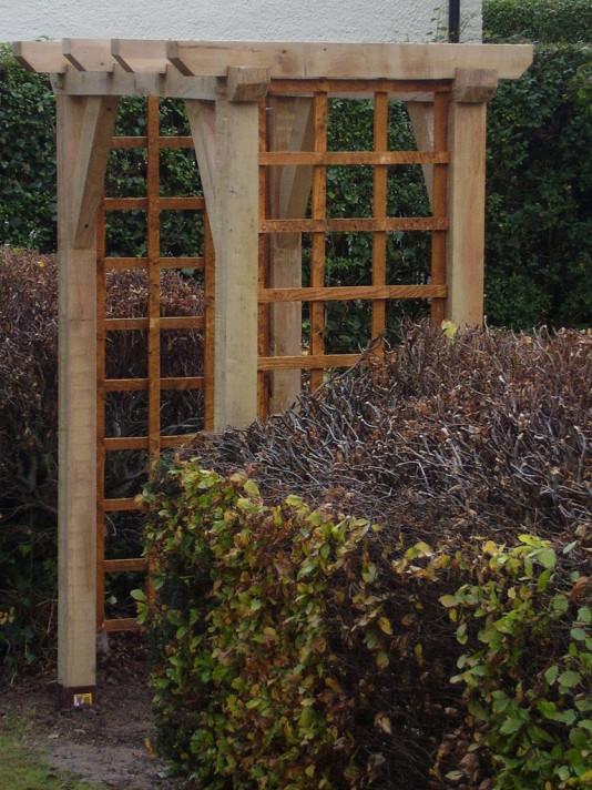 Traditional Garden Oak Arch