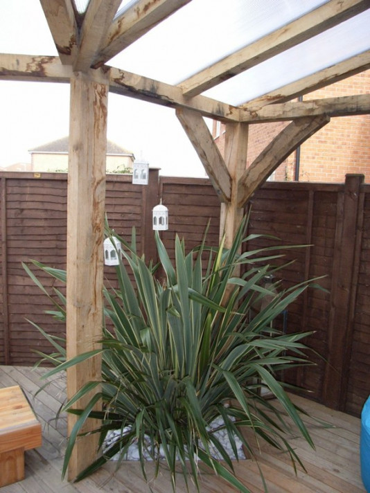 Oak Frame outdoor chilling areas